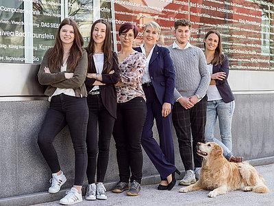 Gruppenfoto ihrbüroservice-Team